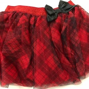 NWOT Red & Black Plaid Skirt with Black Bow (3T)